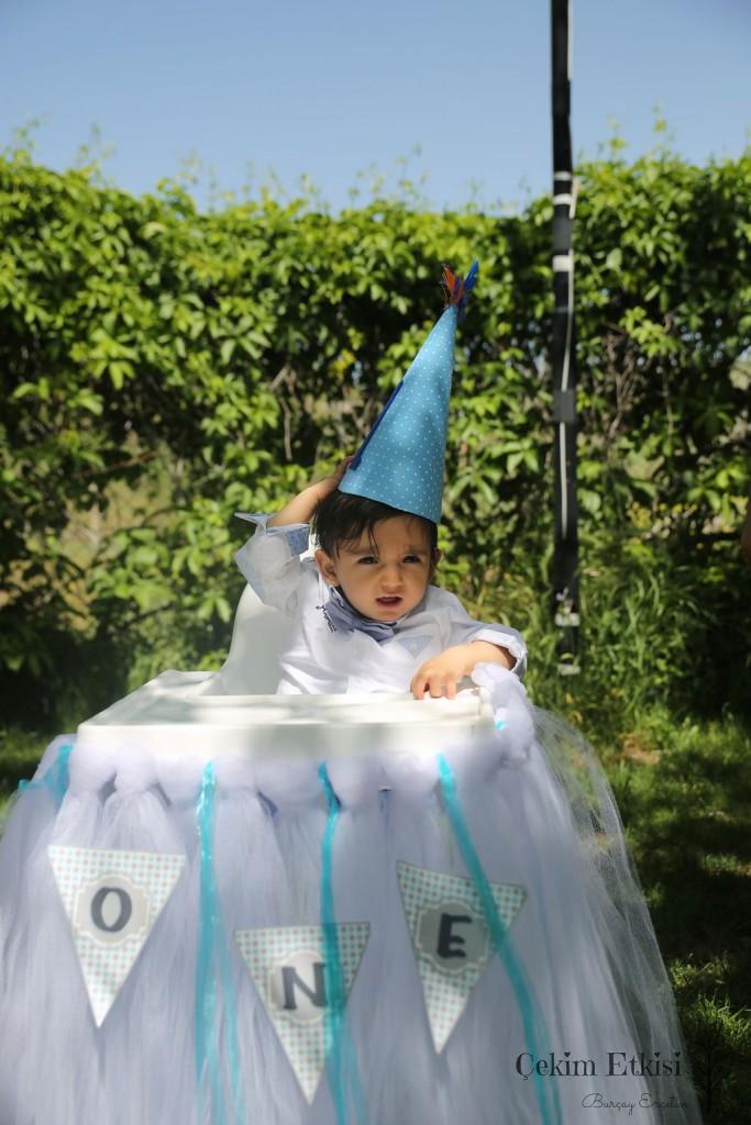 1 yaş doğum günü organizasyonu - mama sandalyesi süsleme