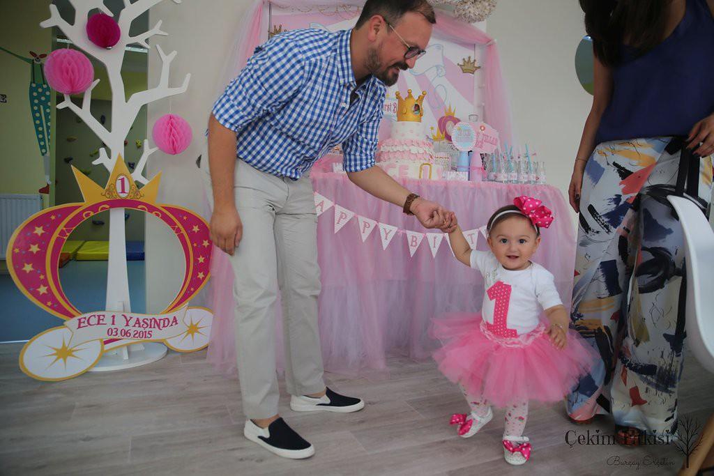 Ece bir yaş doğum günü organizasyonu - Bulut Partievi Ankara